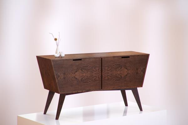 Modern wooden chest of drawers